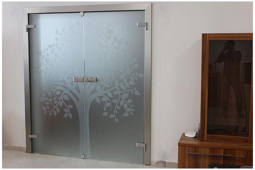 Sklenené dvere so symbolom