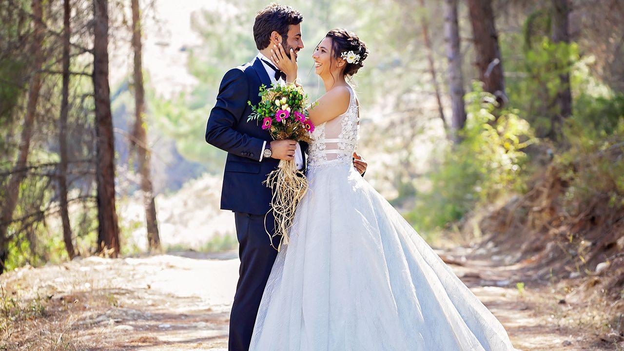 couple-wedding-iStock
